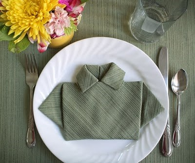Five Creative Napkin Folding Ideas 5