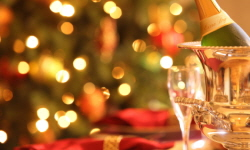christmas_tree_and_champagne_250_x_150.jpg